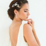 """Peigne """"Agathe"""" avec perles et fleur pour votre coiffure de mariée"""