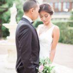Couple de mariés chic et élégant