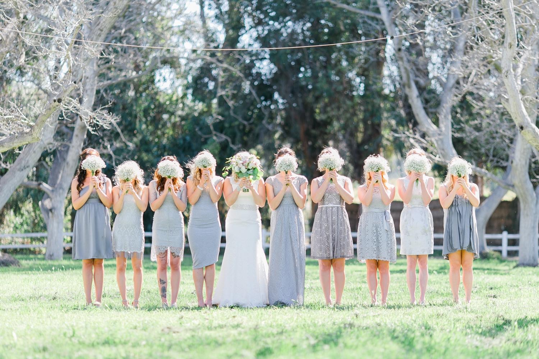 differentes-robes-pour-chaque-demoiselles-dhonneur-mariage-la-soeur-de-la-mariee-blog-mariage