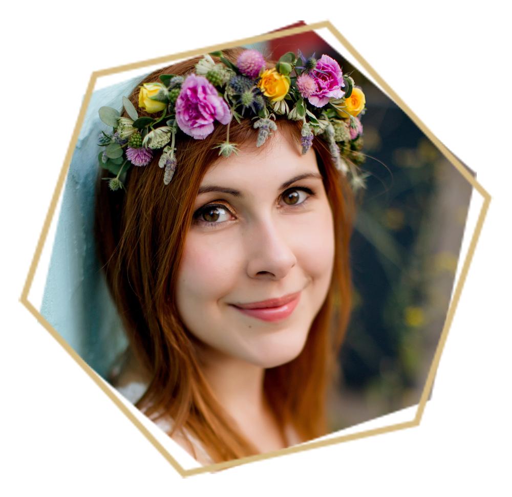 Je suis Stéphanie, 32 ans, Community Manager à Nantes et maman de deux petits cœurs. Ma passion pour le mariage s'est révélée pendant les préparatifs de celui de ma sœur. Depuis, je ne me déconnecte plus de cet univers et prend un grand plaisir à partager ici mes découvertes.