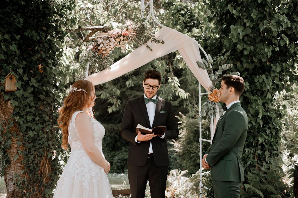 mariage-petit-comité-Irlande-sandy-tiago