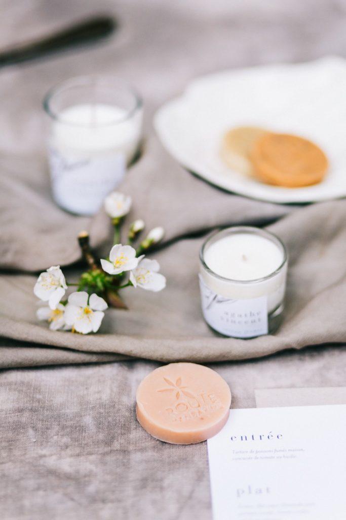cadeaux-d-invites-mariage-savon-bougie