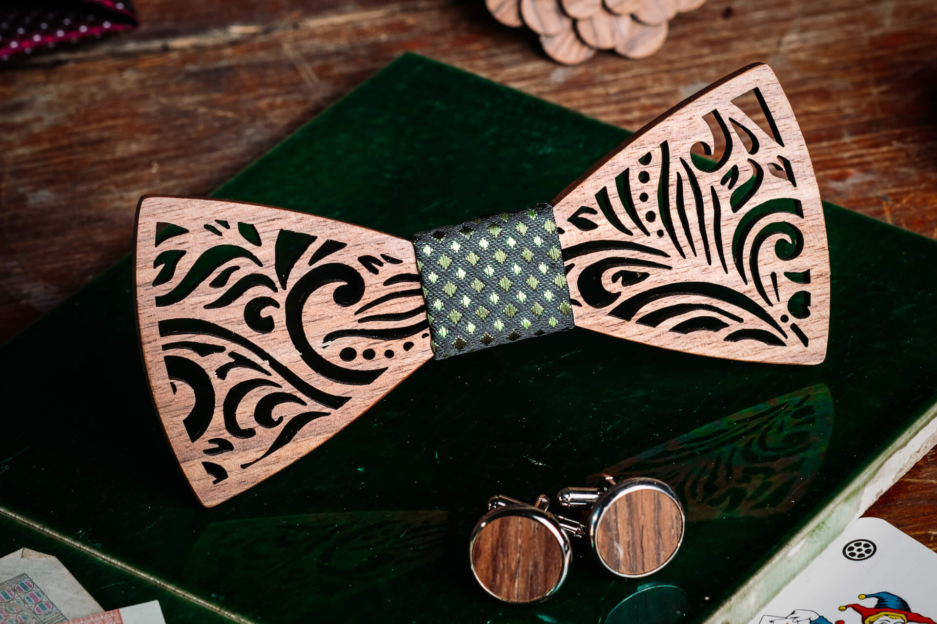 noeud-papillon-bois-mariage-torreya-vert