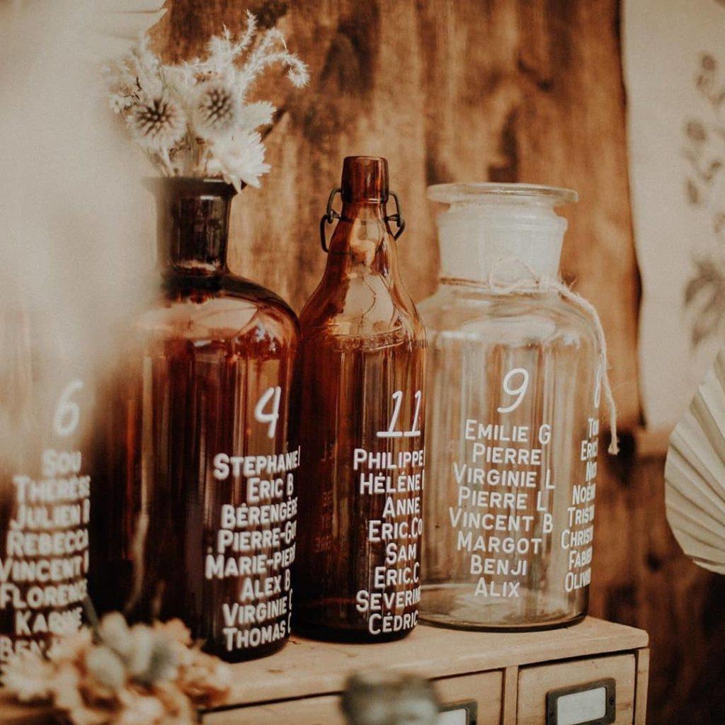 plan-de-table-mariage-verre-apothicaire